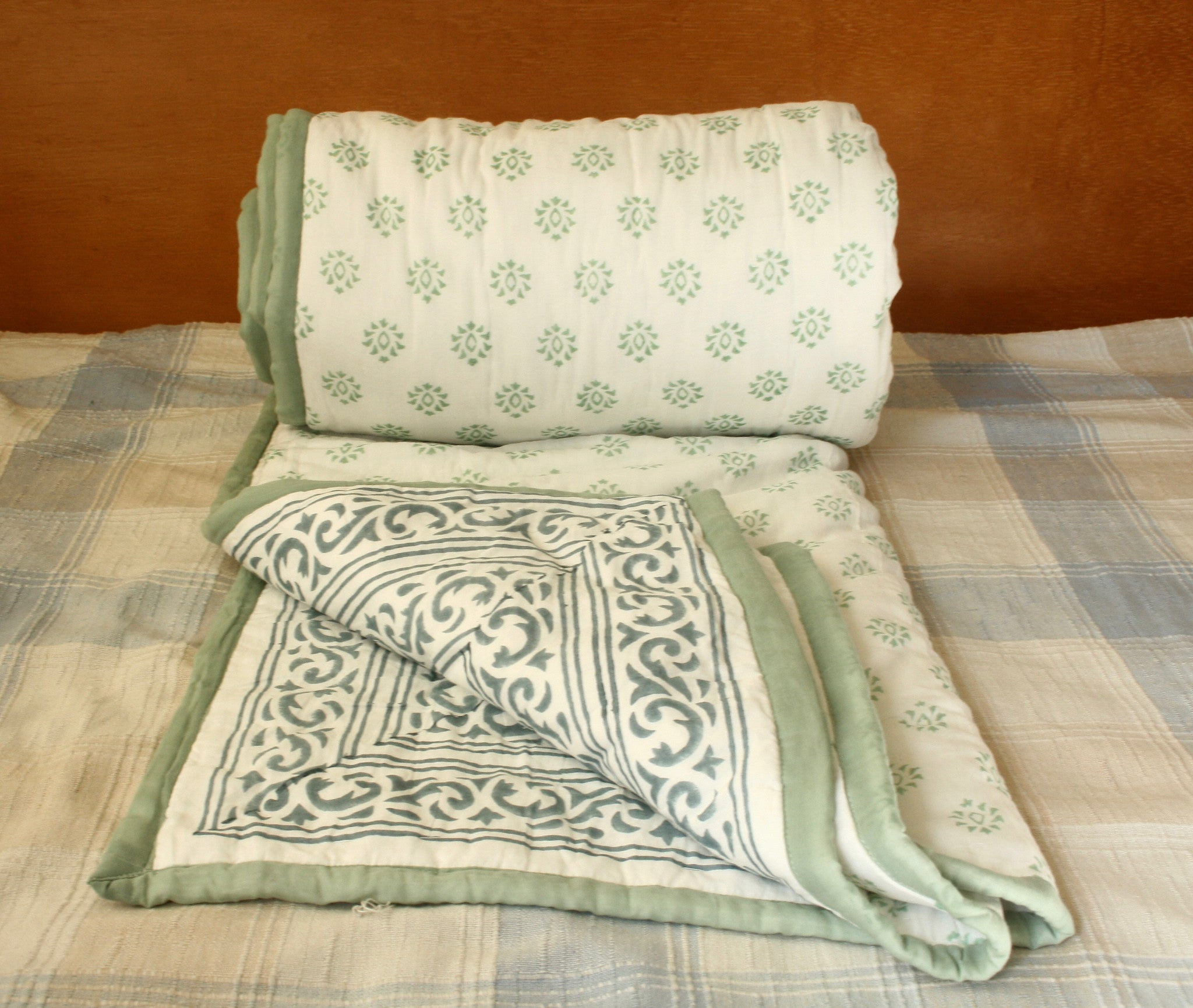 Green Grey Cotton Quilt