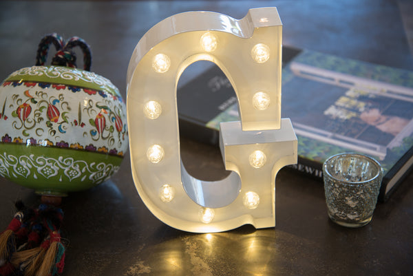 "9"" (G) WOOD MARQUEE LETTER"