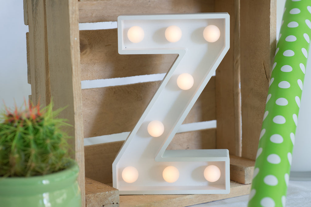 "9"" (Z) WOOD MARQUEE LETTER"