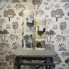 Wild boar print wallpaper and two vases with decoration of Great Bustards