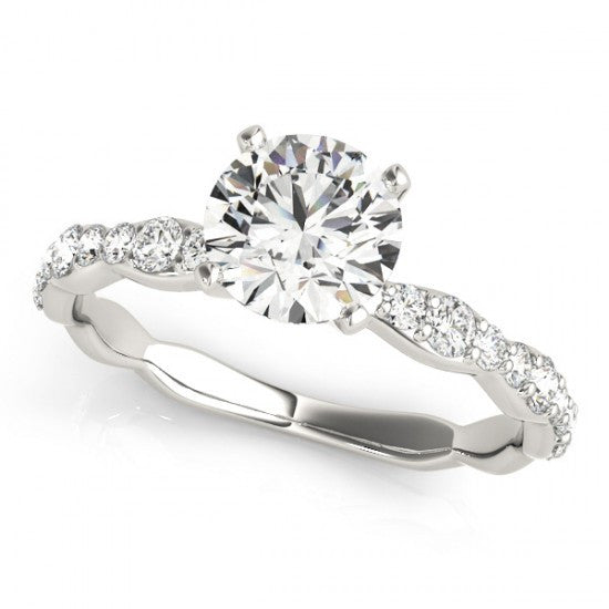 Classic 6 prongs Diamond engagement ring