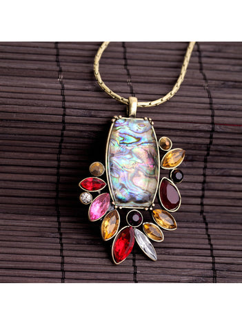 Bouquet Rouge Pendant Necklace