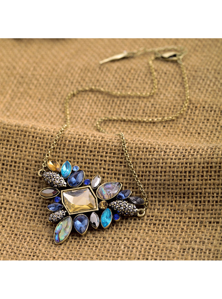 Trendy  Antique Blue Gem Colorful Leaf Pendant Necklace