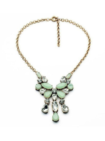 Elegant light green flower pendant necklace