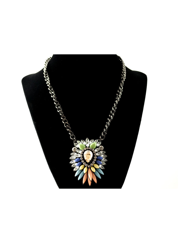 Multicolor rhinestone pendant necklace