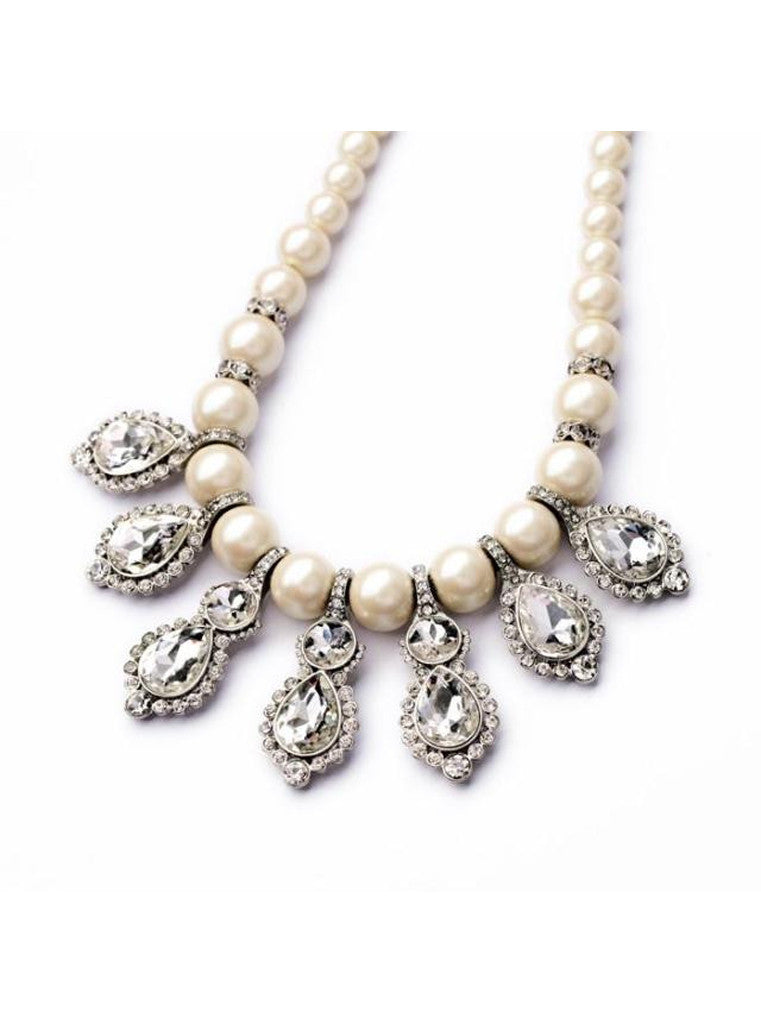 Pearl crystal drops necklace
