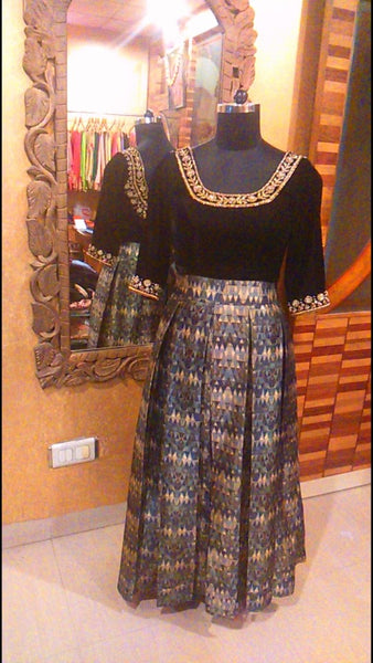 Box Pleat Skirt with Zardosi embroidered Velvet Top