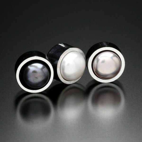 Pearl stud Earrings - Kinzig Design Studios