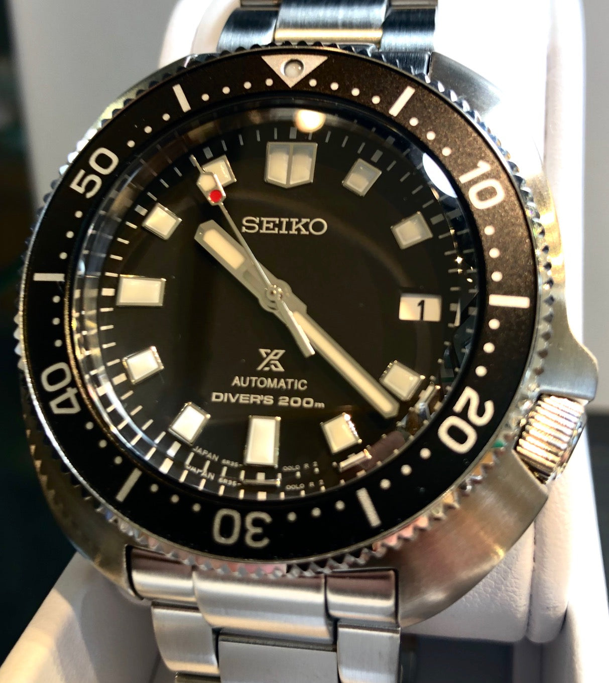 Reviewing the Seiko Prospex SPB151 new Willard Modern 1970 Recreation