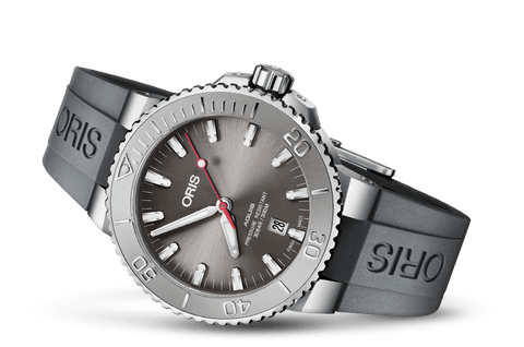 Oris Aquis Date Relief Grey Rubber 43mm Dive Watch - DePaulas