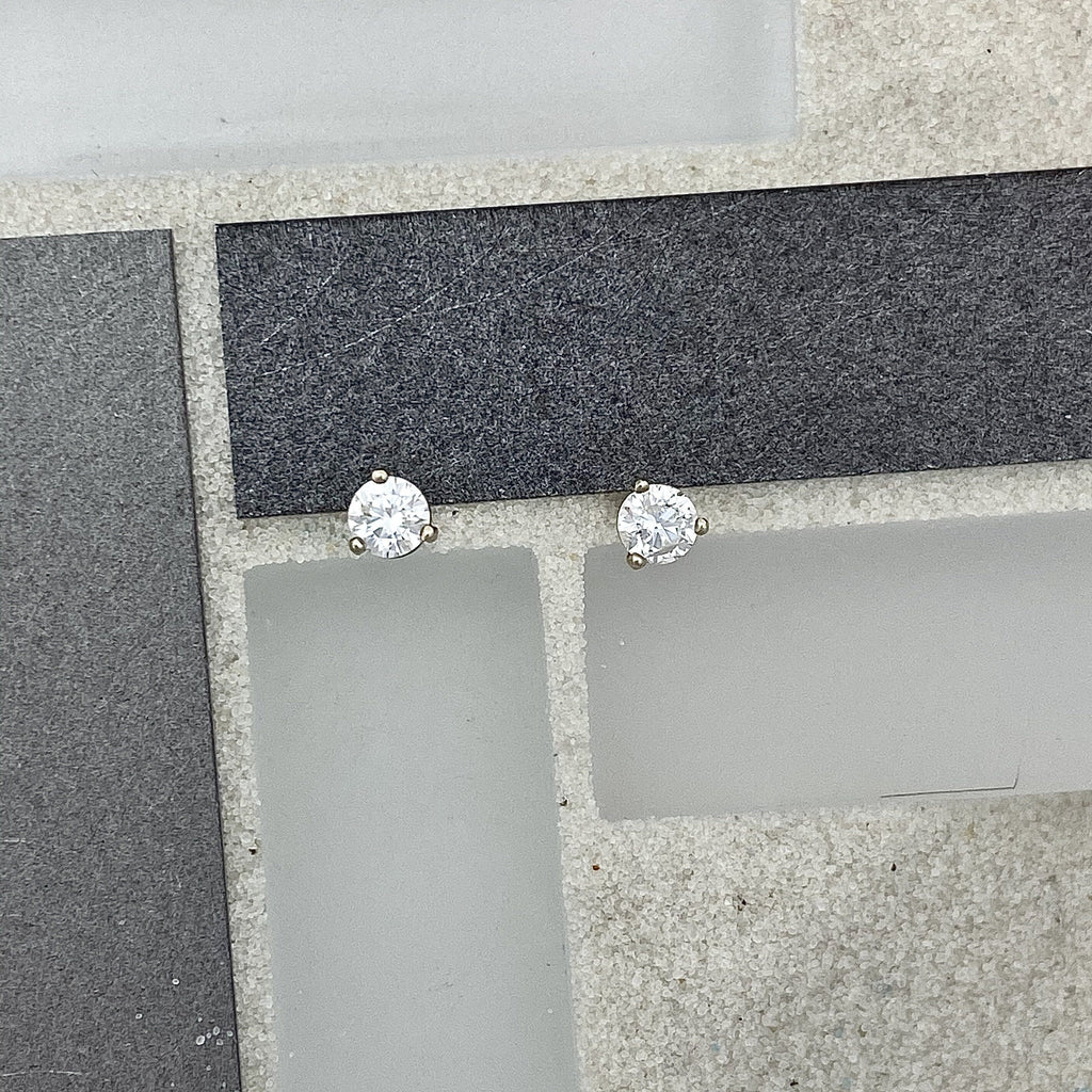 14k White Gold Diamond .50cttw Post Earrings - DePaulas