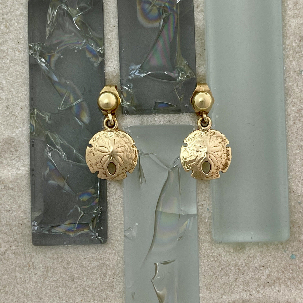 14k Yellow Gold Sand Dollar Dangle Post Earrings - DePaulas