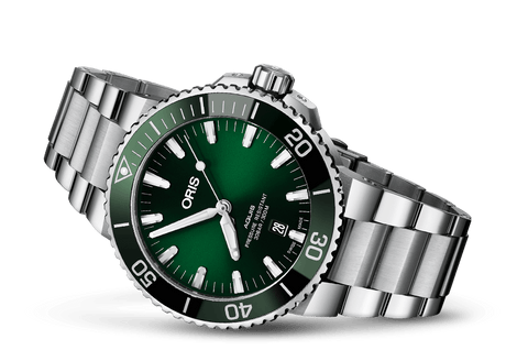 Oris Aquis Green Face Hulk Stainless Steel Dive Watch - DePaulas