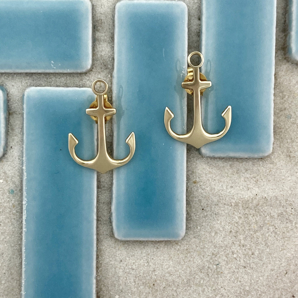 14k Yellow Gold Anchor Post Earrings - DePaulas