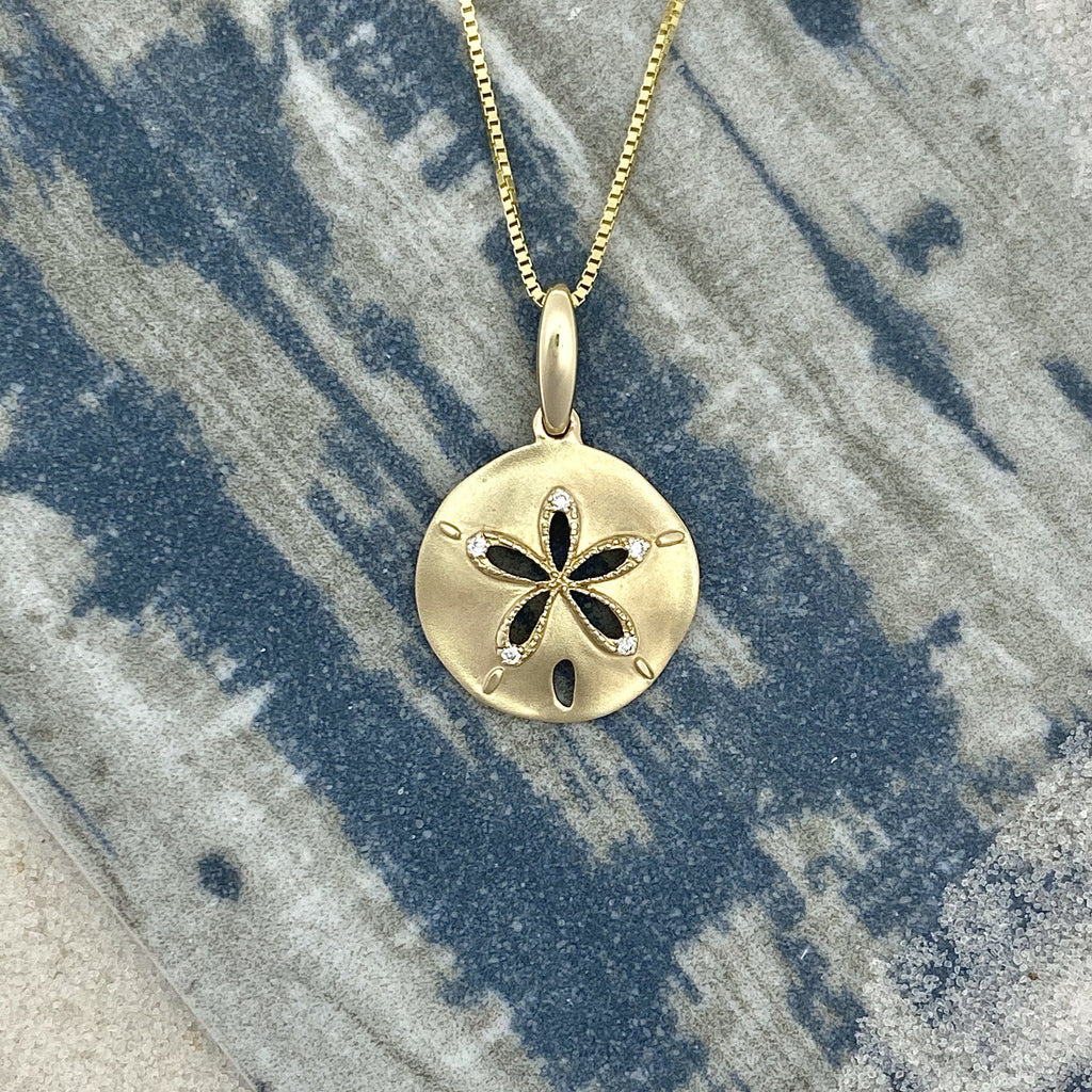 14k Yellow Gold Diamond .02cttw Sand Dollar Necklace - DePaulas