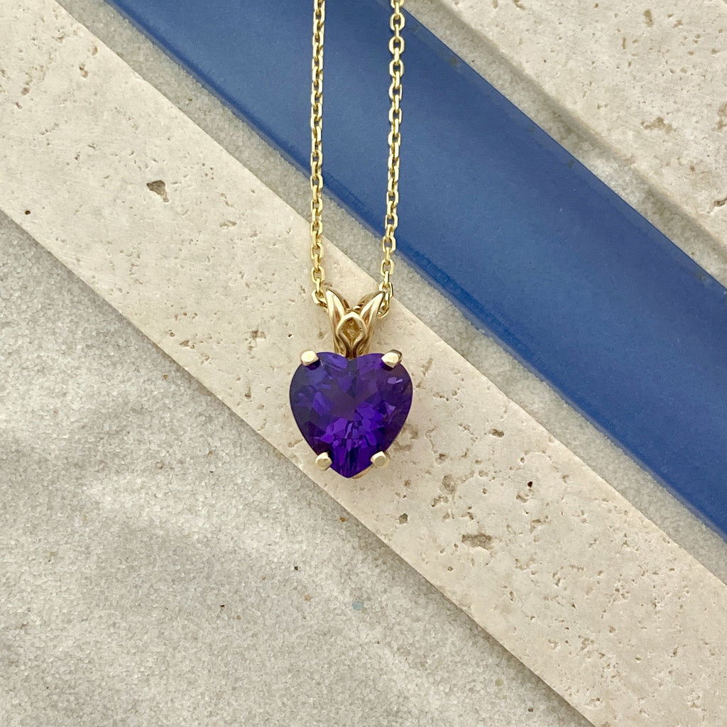 14k Yellow Gold Amethyst Heart Necklace - DePaulas