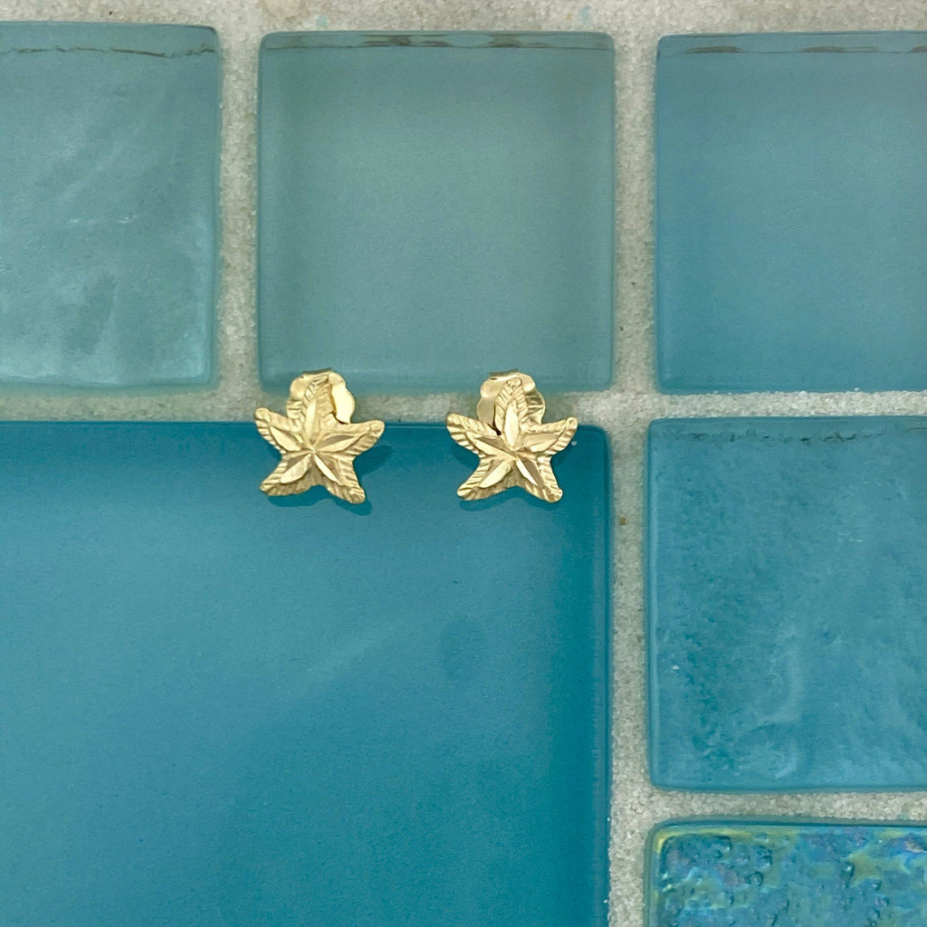 14k Yellow Gold Petite Diamond Cut Starfish Post Earrings - DePaulas