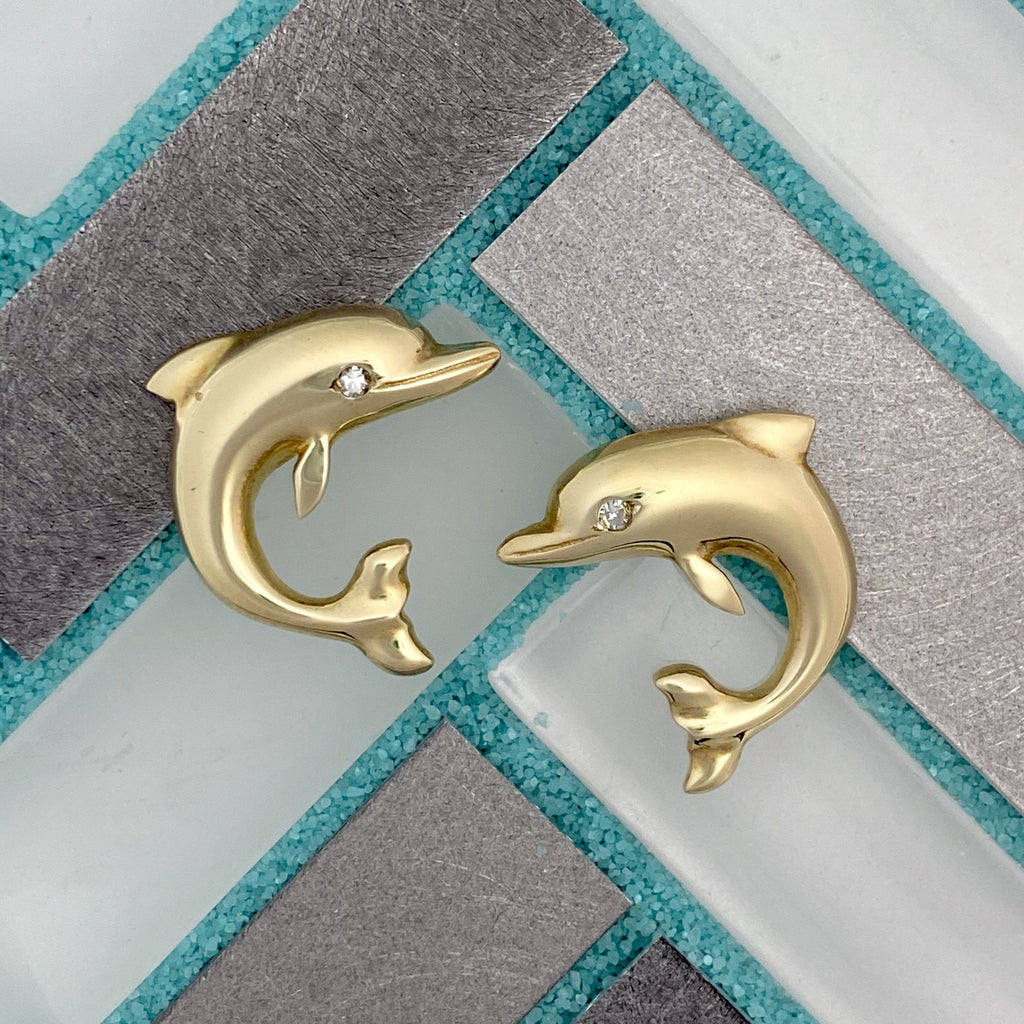 14k Yellow Gold Dolphin With Diamond Eyes .03cttw Post Earrings - DePaulas