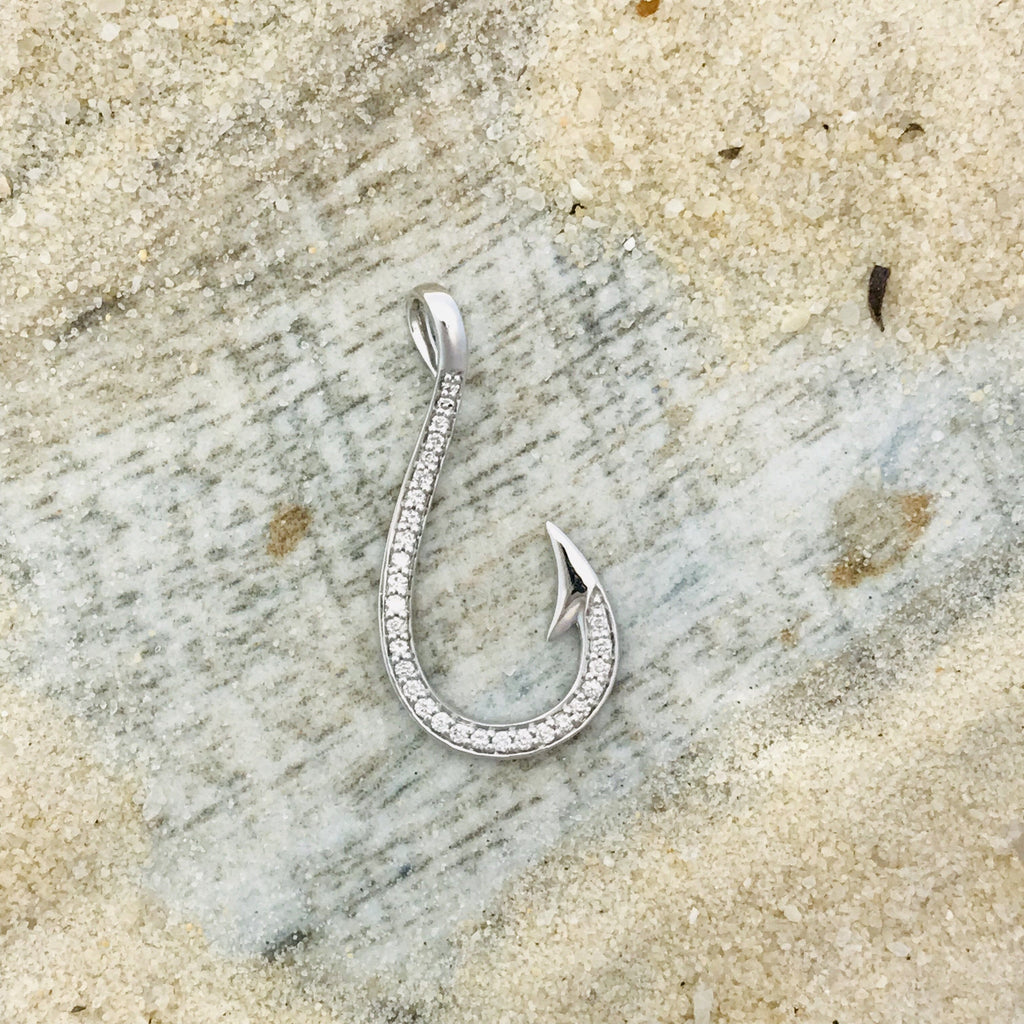 14k White Gold .19ct Diamond Hook Pendant