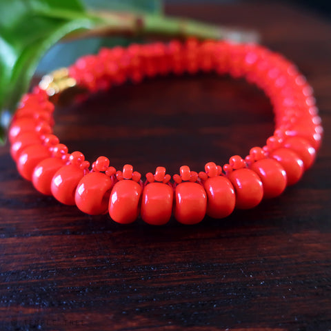 Temple Tree Bohemian Glass Bead Caterpillar Weave Bracelet - Coral Red