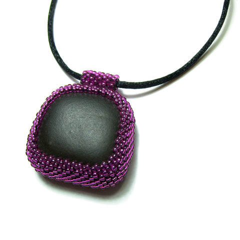 Heart in Hawaii Beaded Black River Rock Pendant in Dark Fuchsia