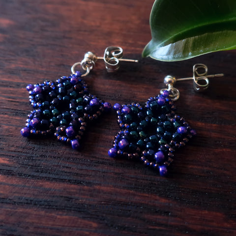 Temple Tree Mini-Flower Beaded Silver Post Earrings - Galaxy Purple