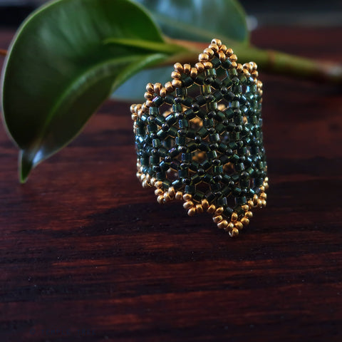 Temple Tree Hexagon Mandala Beaded Ring - Gold-Lined Green