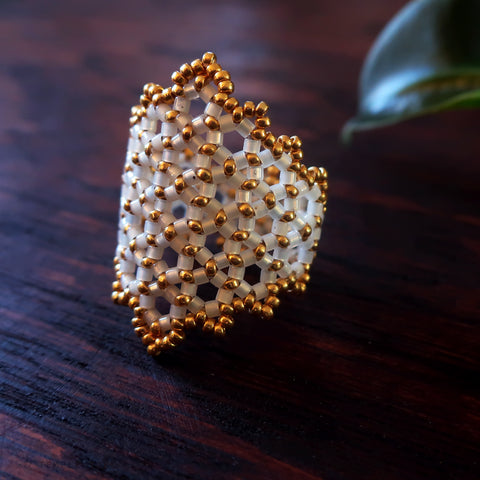 Temple Tree Hexagon Mandala Beaded Ring - Gold-Lined White