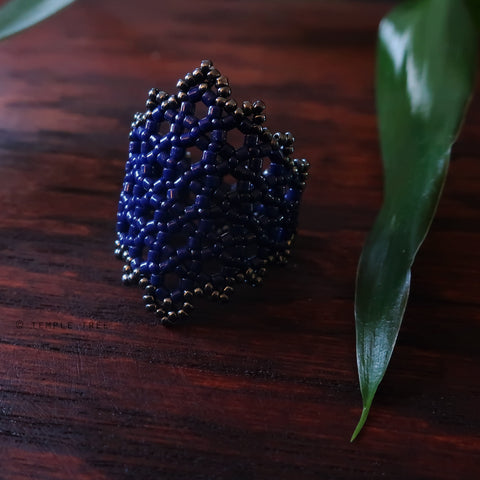 Temple Tree Hexagon Mandala Beaded Ring - Navy and Hematite