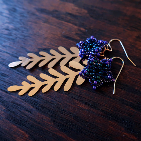 Temple Tree Mini-Flower Beaded Earrings with Rosegold Leaves
