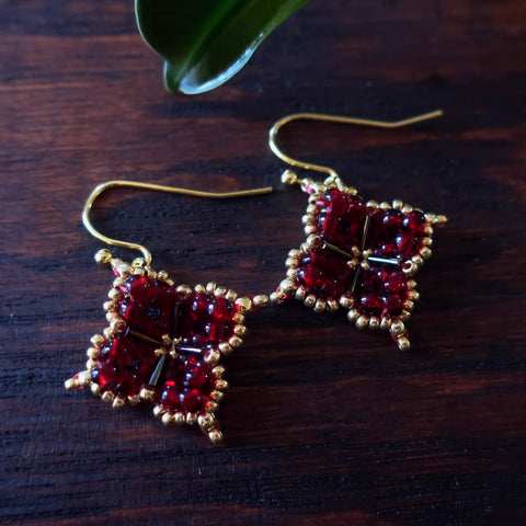Temple Tree Quatrefoil Mandala Beaded Earrings - Dark Red and Gold
