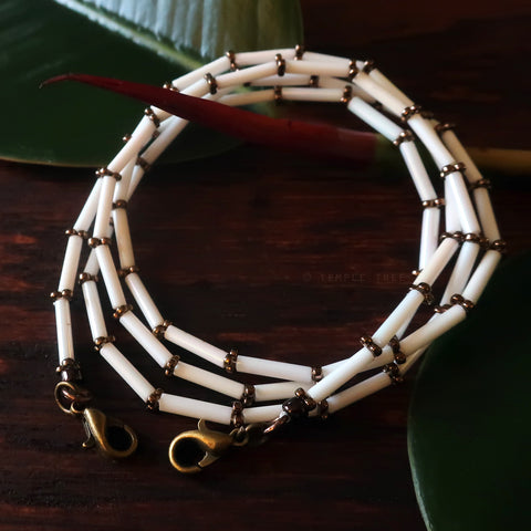 Temple Tree Bamboo Weave Beaded Mask Lanyard - White with Bronze