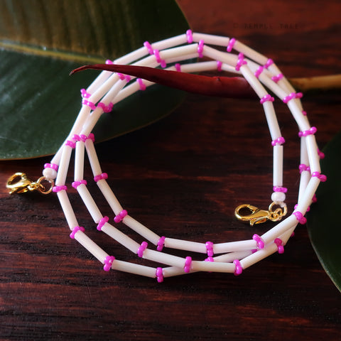 Temple Tree Bamboo Weave Beaded Mask Lanyard - White with Fuchsia Pink
