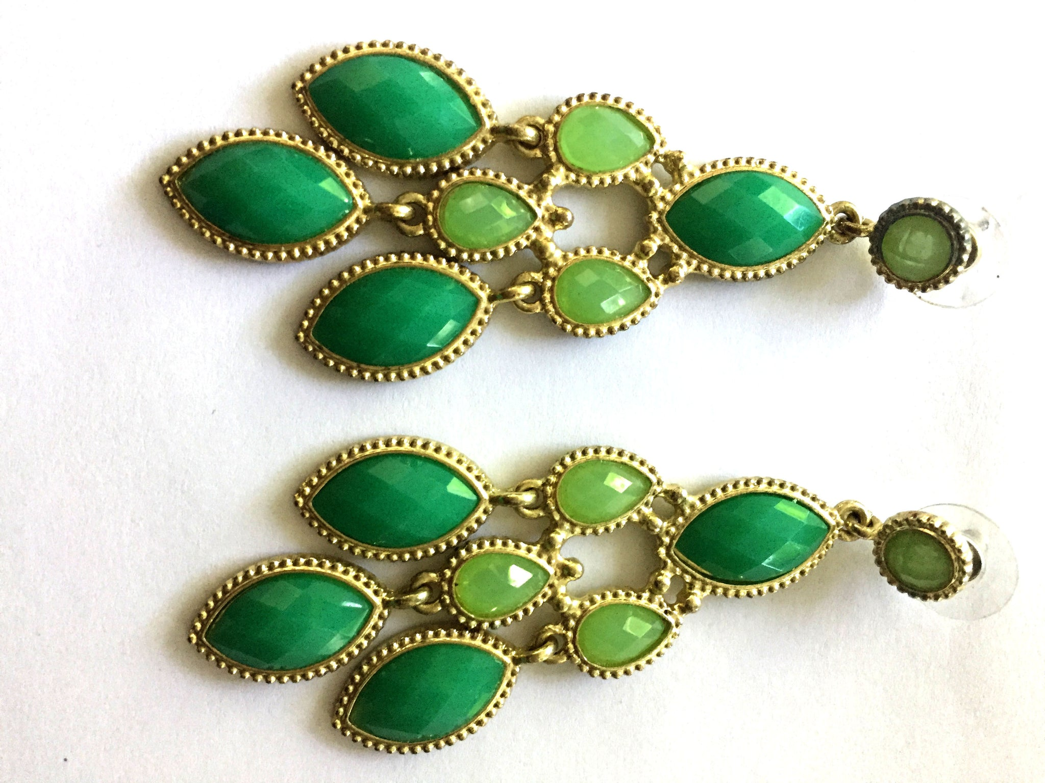 Beach fashion jewelry beach accessories beach glam green chandelier earrings mozeypictures Gallery