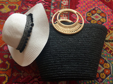 black and white beach bag and hat gift set