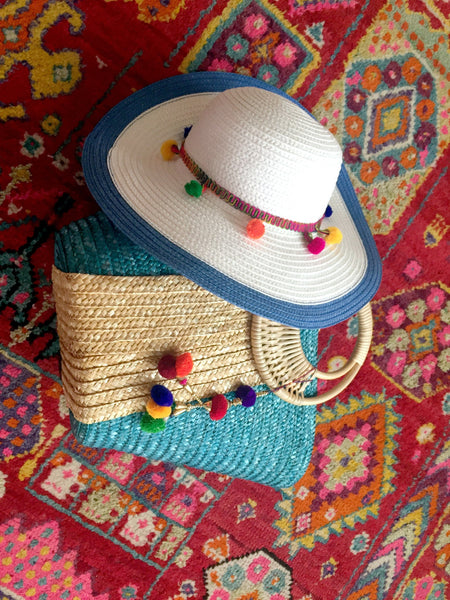 pom pom bag and hat gift set