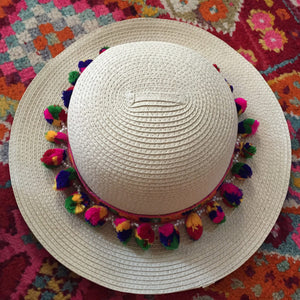 beach beige hat with colorful pom pom