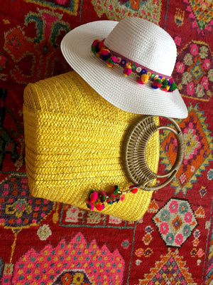 yellow bag white hat gift set