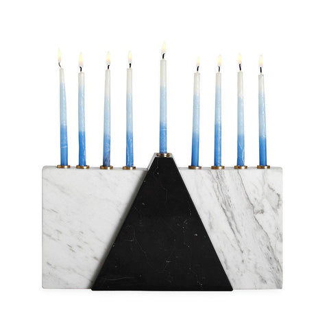 Classic and Elegant Hanukkah Decor Ideas