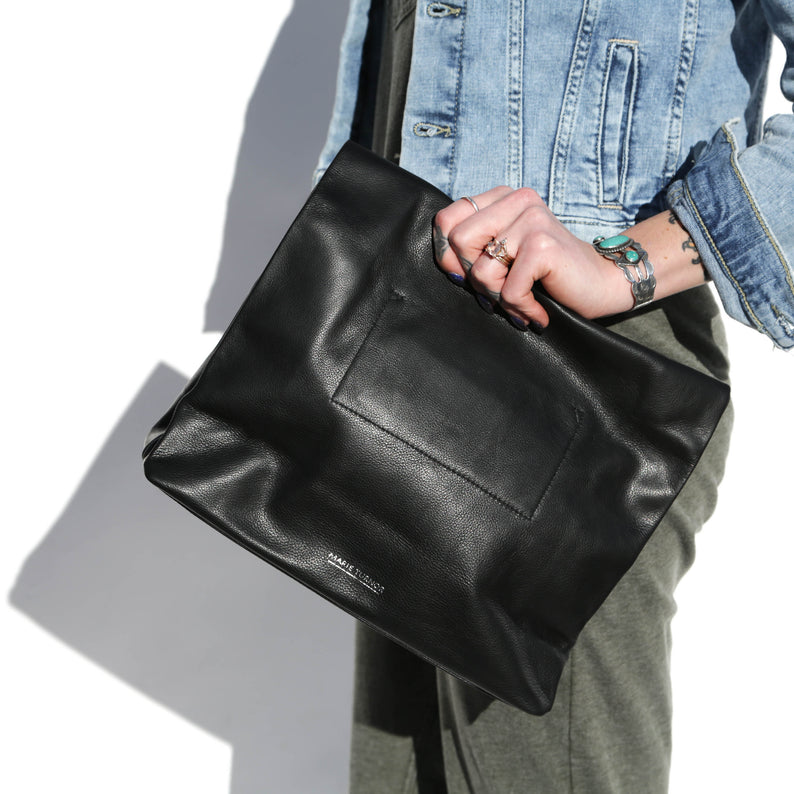 Black Pebble Dinner Bag