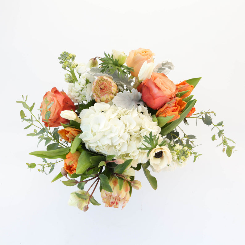 Peach/ White Round Centerpiece