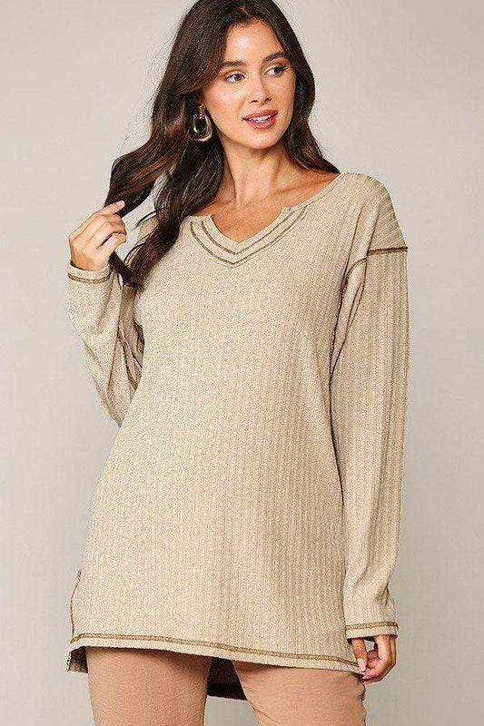 Two-tone Rib Tunic Top With Side Slits - LockaMe Designs