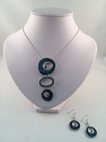 Alix Necklace with Earrings