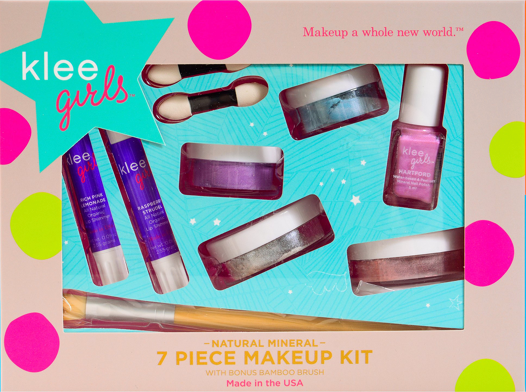 7 Piece Natural Makeup Kit - Up and Away