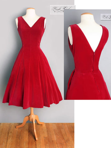1950'S STYLE VELVET EVENING DRESS FOR MILLE