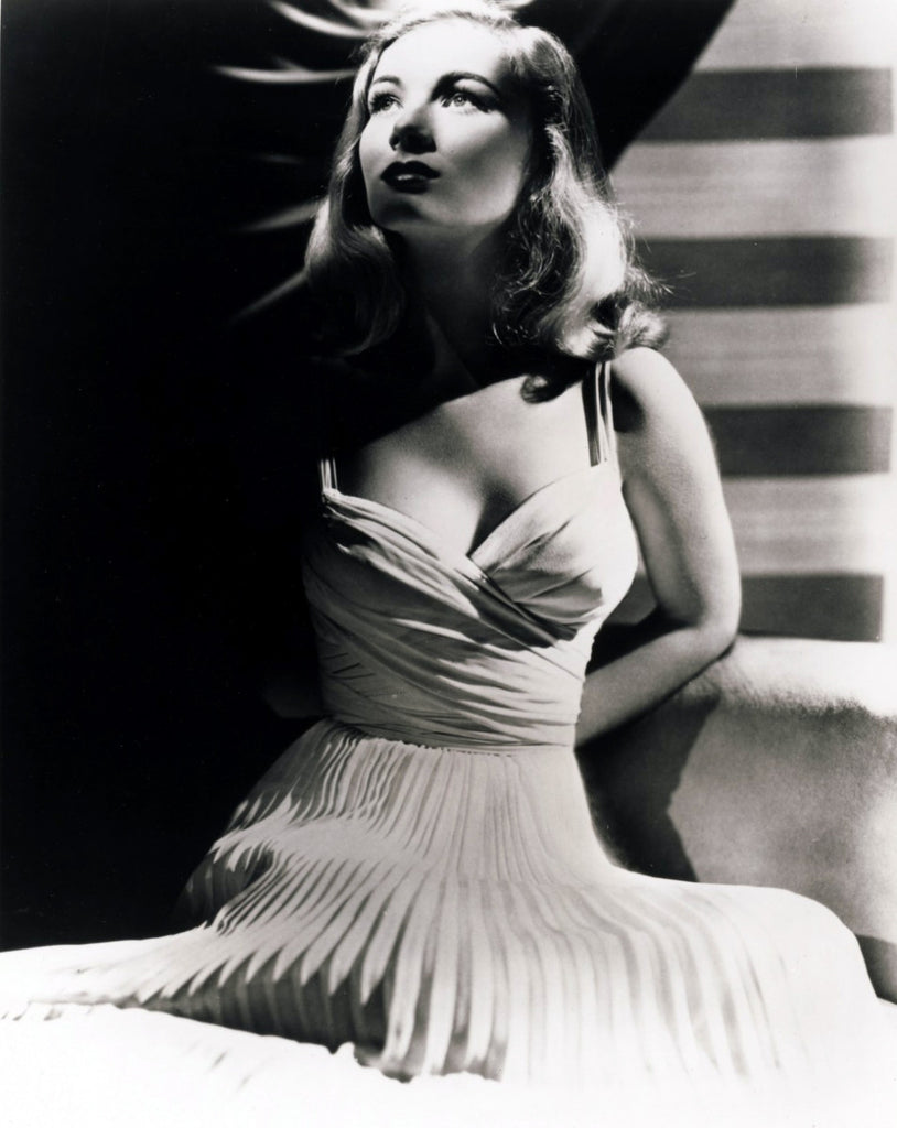 Dress worn by Veronica Lake