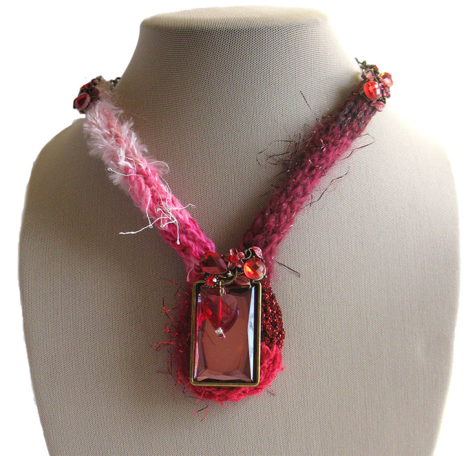 Multi-textured Art-Yarn Necklace in Be My Valentine (red/white/pink), with Pendant & Crystals