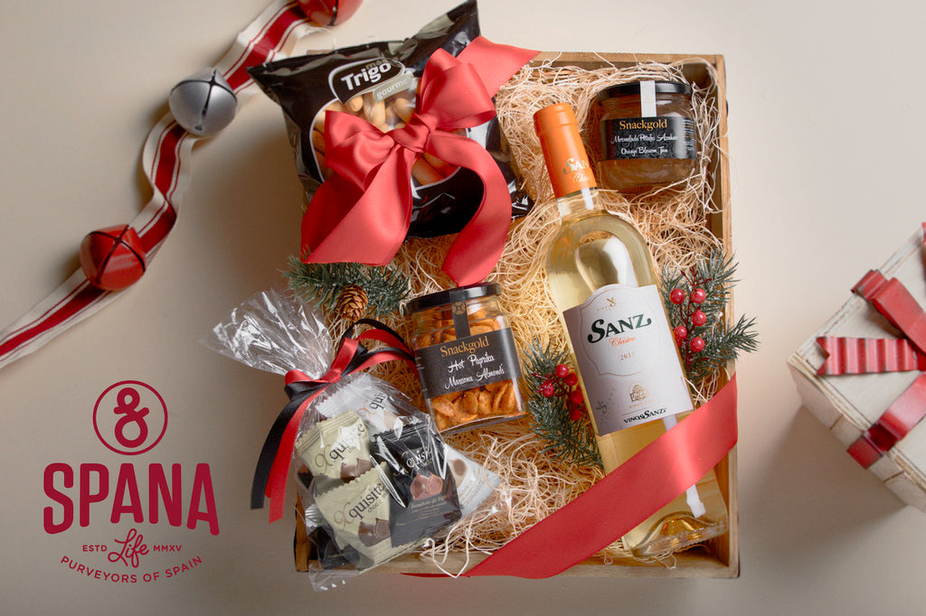 Holiday Gift Basket White