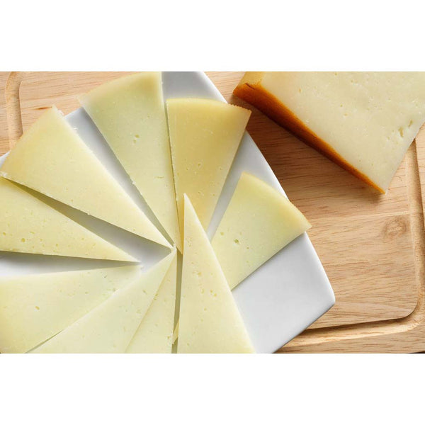 Manchego Cheese (Semicurado) aged 3months 1lb