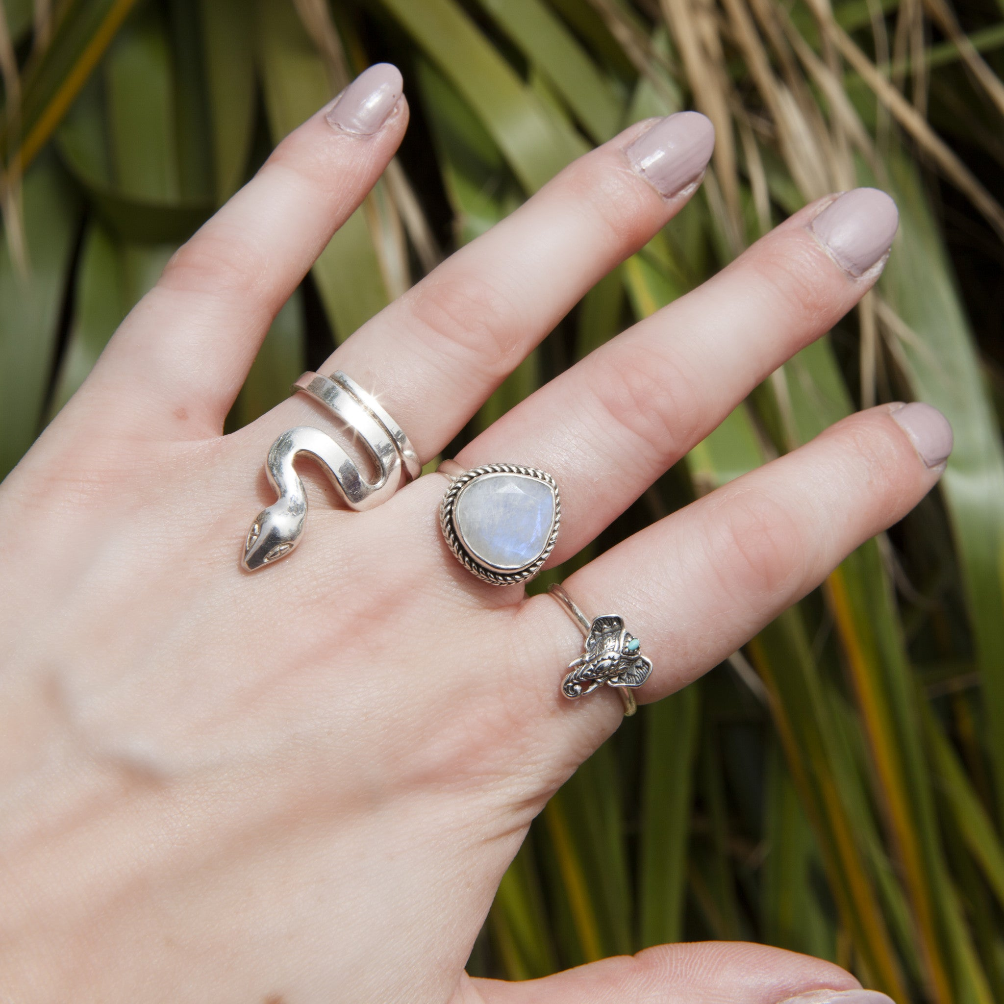 Teardrop Rainbow Moonstone 925 Ring